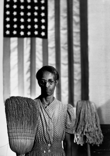 Grafika do wystawy Gordon Parks: I Use My Camera as a Weapon