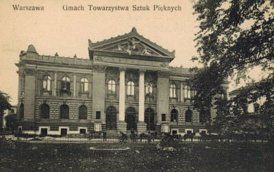 Grafika obiektu: Historic photographs of Zachęta