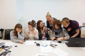 Workshops about contemporary art for teachers from Warsaw (in Polish)